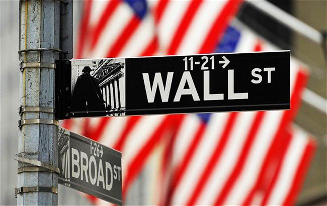 Рынок акций США откроет торги снижением на 0,2%, несмотря на позитив от переговоров Трампа и Юнкера